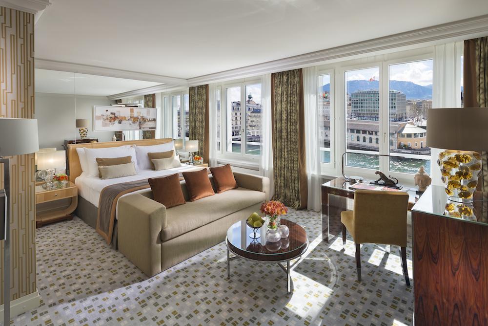 Premier river view room