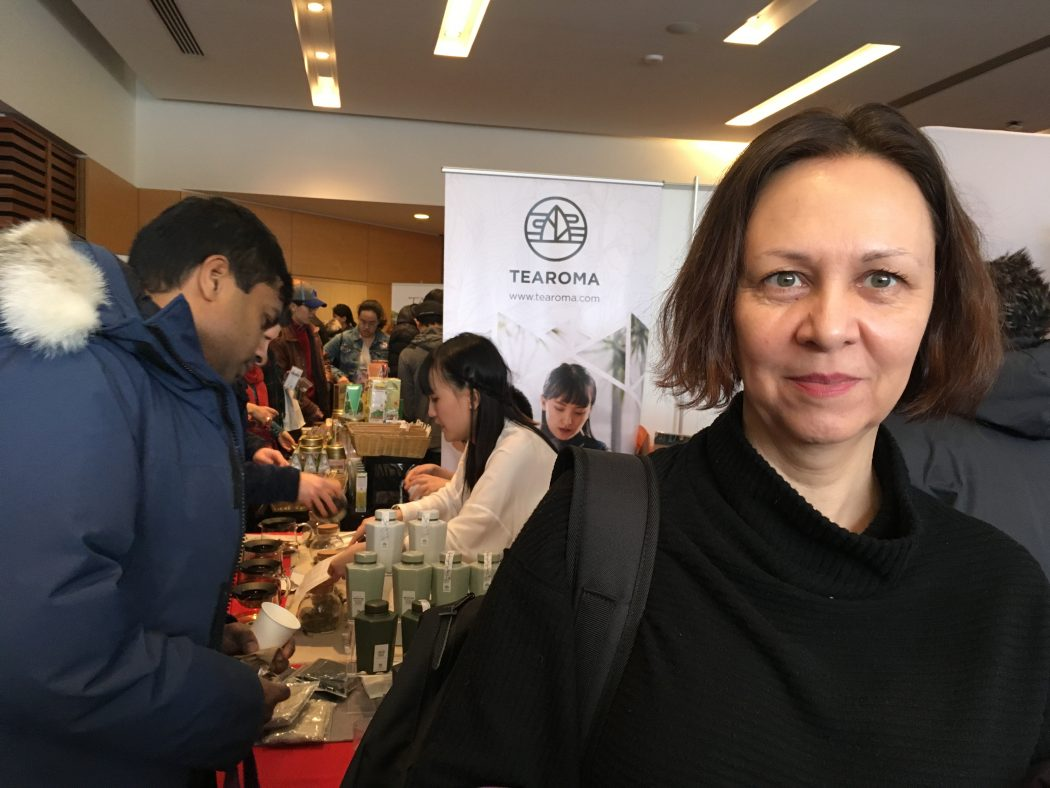 shannon skinner attends toronto tea festival